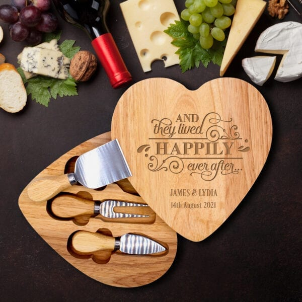 personalised cheeseboard with knives